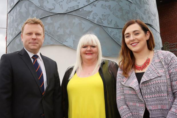 Junior Ministers pictured with local artist Deirdre Robb